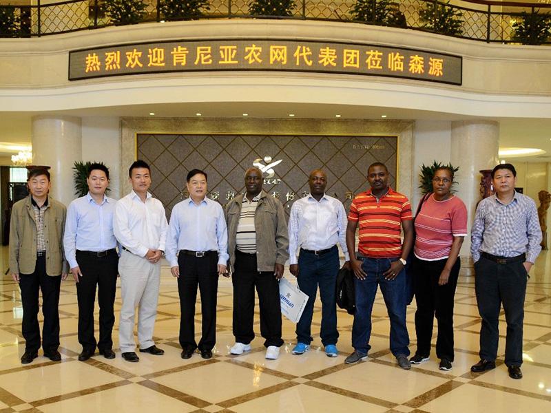 2016年10月16日,肯尼亚农网代表团一行到YH亚虎真人|亚虎官网考察.