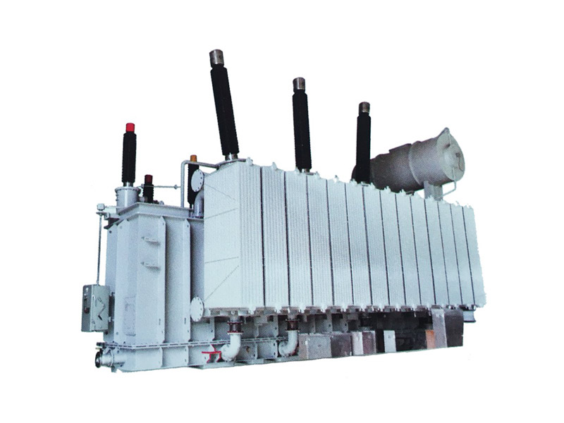 220kV级高压变压器